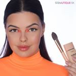 Keď máš chuť sa iba tak hrať s makeupom. Čo povieš na tento.look našej MUA Katky ?⠀ ⠀ PRODUKTY:⠀ Bodyography Foundation Primer Hydrating